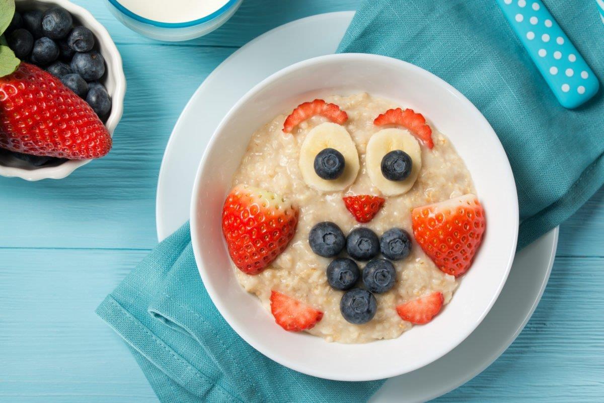 Owsianka z owocami - zawiera gluten