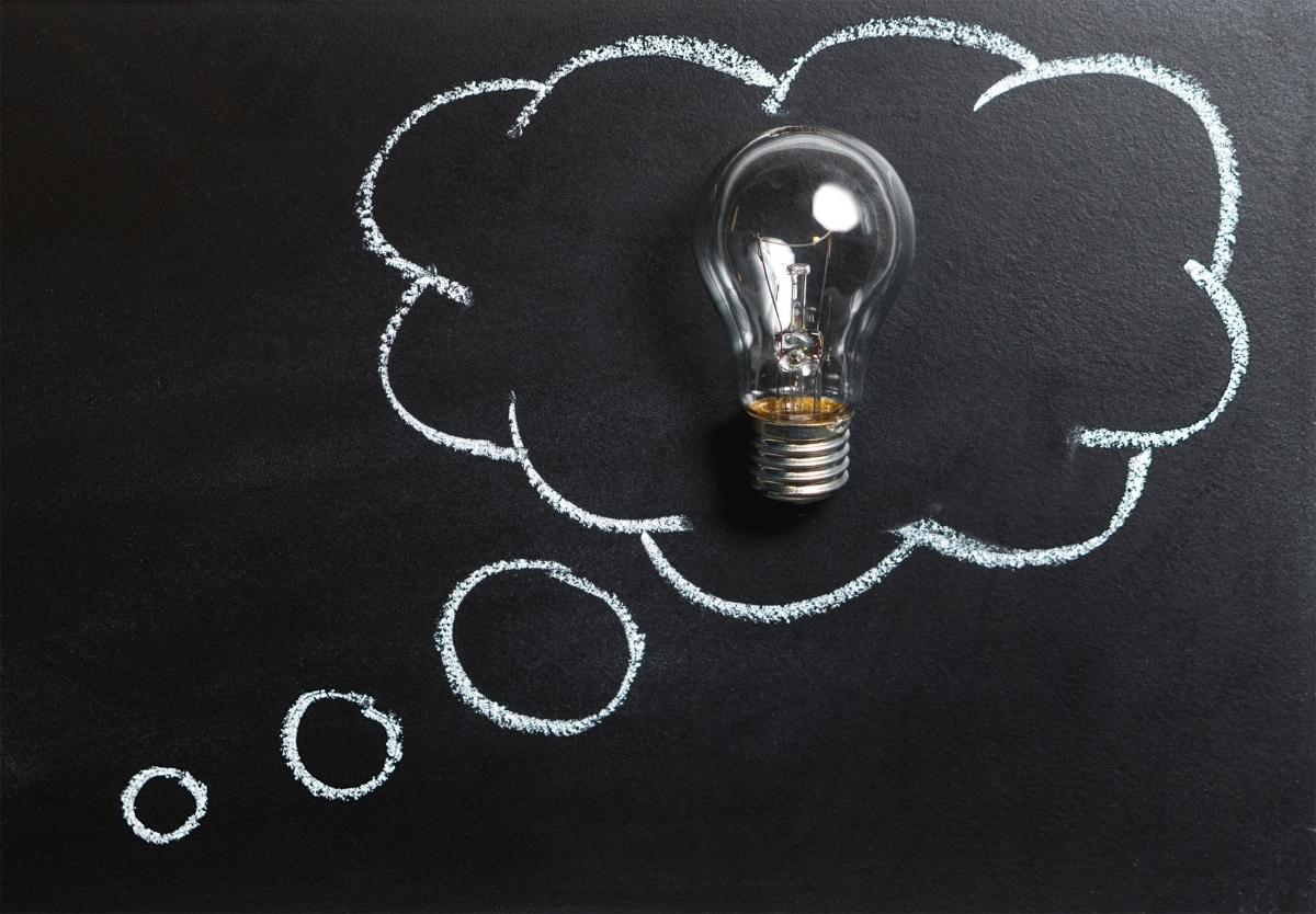 Żarówka w chmurce - pomysł, inspiracja