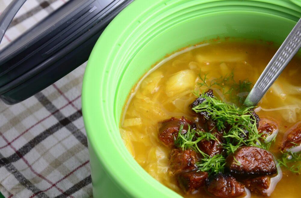 Zupa z młodej kapusty