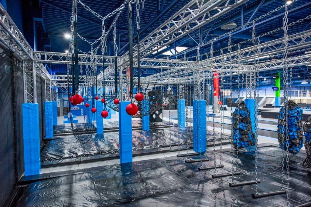 Airo park trampolin przeszkody